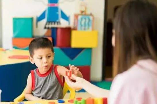 儿童康复专区